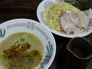 自家製麺/囲 囲つけ麺1.JPG