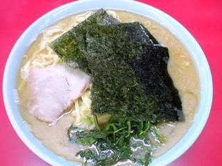 矢口家/本店 ラーメン大盛.JPG