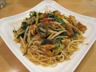 2.7 キムチ野菜炒麺.JPG