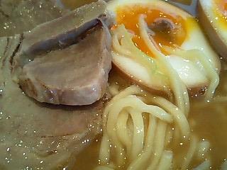 つけめん赤とんぼ ら〜めん+味玉2.JPG