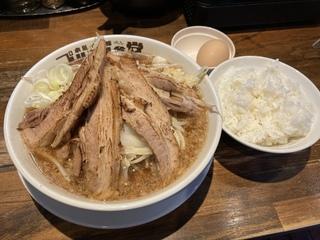 本気の焼豚プルプル食堂@浦安 本気の炙り焼豚そば定食