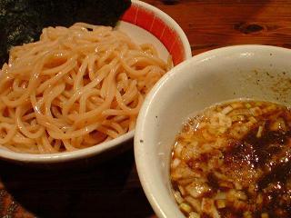 吉田製麺店 つけそば和風豚骨醤油中盛1.JPG