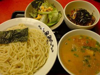 極らーめん櫻座本家 櫻座つけ麺大盛り+櫻座セット.JPG