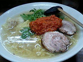 本丸亭 赤丸塩らー麺大盛1.JPG