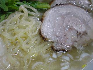 本丸亭 本丸塩らー麺2.JPG