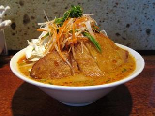 酒と肴と麺の店/田村屋 爆菜味噌豚タンメン2.JPG