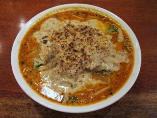 酒と肴と麺の店/田村屋 秋茸の味噌チーズクリーム麺.JPG