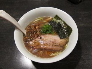 麺やBar渦 醤油煮干しらぁ麺.JPG