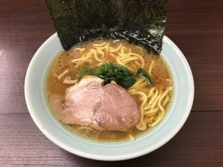 吉田屋 ラーメン並(700円)