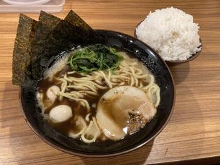 壱角家メトロ西葛西店 黒家系+ライス